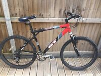 GT Avalanche Mens Mountain Bike