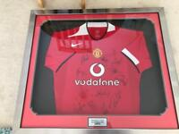Framed Signed Manchester United 2004/05 shirt