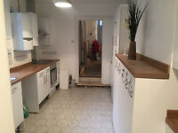 Romford RM1. Completely Refurbished & Redecorated 2 Bed Split Level Furnished Flat with Comm Garden