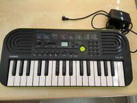 Casio SA-46 Mini Keyboard + Adapter