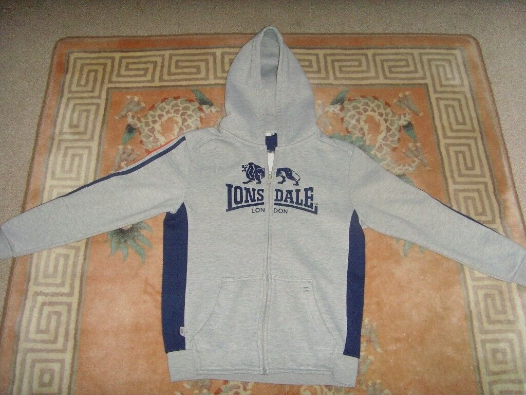BOYS LONSDALE HOODED TOP ,AGE 11-12 YEARS - £1