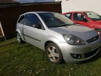 Sporty little Ford Fiesta 1.2