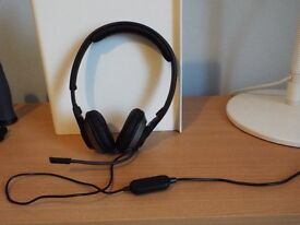 Excellent Soundblaster combined Headset and Microphone