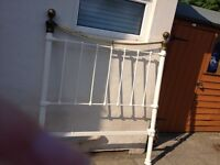 White wrought iron and brass Victorian / Edwardian vintage antique bedstead small double 4 foot