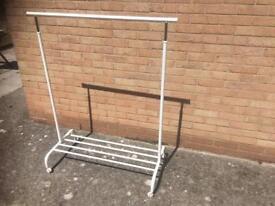 Portable hanger rails