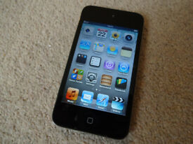 Apple iPod Touch - 32GB - MP3 Music Player