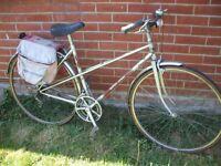 Elswick Epsom ladies 10 speed town touring bike