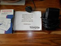 (Toyota) Sewing Machine(Pedal) (RS2000)