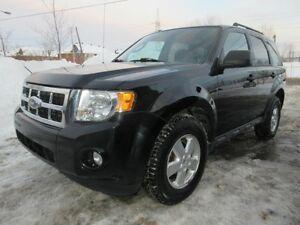 2010 Ford Escape XLT, 4par4, tres propre, GARANTIE 3 ANS