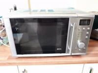 ONN Silver Microwave , In Excellent Condition like Brand New , 700 Watts