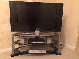 TV & 5 speaker sarroubd system