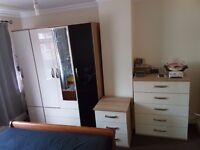 WARDROBE, PLUS 5 CHESTED DRAWER UNIT, PLUS 3 BED SIDE DRAWER (READ FULL DESCRIPTION)