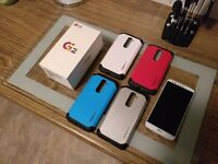 LG G2 D802, 32GB, White, Excellent Condition, Unlocked & 4 SlimArmor cases