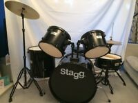 STAGG DRUM KIT - LIKE NEW, ONLY PLAYED A HANDFUL OF TIMES - 5 PIECE KIT + CYMBALS, STICKS AND STOOL