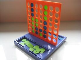 2 COMPACT GAMES -CONNECT 4 AND POP 'n' HOP -AS NEW - (Kirkby in Ashfield)