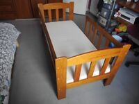 CHILDREN'S BED IN VERY GOOD CONDITION