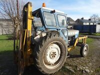 Ford 4000 Major with Forklift
