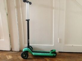 Green Y- Volution XL scooters