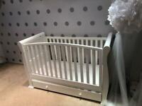COT BED / TODDLERS BED