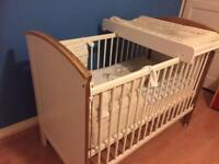 Baby cot in excellent used condition