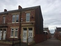 EASTBOURNE AVENUE – GATESHEAD - 3 BED UPSTAIRS FLAT TO LET – DSS WELCOME - NO BOND