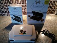SWEET TREATS ELECTRIC BROWNIE MAKER BOXED RECIPE BOOK INCLUDED PERFECT