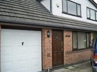 3 Bedroom House – Newhey Rochdale Lovely area, Near to motorway and local shops