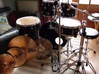 Pearl Drum kit Paiste Cymbals Full Hardware Pack & Stool in Jet Black Wrap