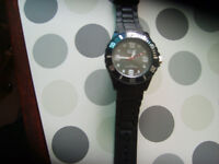 unisex ice watch,,as new,,cost £90,,ideal xmas gift,,no time wasters