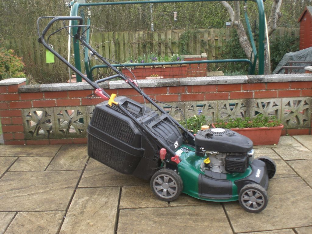 qualcast xsz 46b sd self propelled petrol lawnmower in. Black Bedroom Furniture Sets. Home Design Ideas