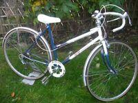 Ladies retro vintage Raleigh road bike.