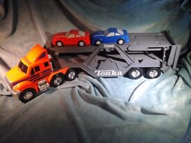 TONKA CAR TRANSPORTER WITH TWO CARS VERY GOOD CONDITION