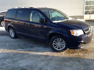 2017 Dodge Grand Caravan SXT PLUS *-*STOW & GO *-*MAGS*-*DVD*-*B