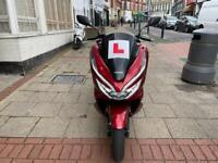 HONDA PCX 125cc CANDY RED 2019 ABS HPI CLEAR NO OFFERS!!!