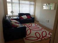 Spacious 2 Bedroom Flat London - Forest Lodge - Dartmouth Road (SE23)