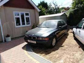 BMW 520 touring, 2.2 petrol manual, 129k, mot Nov