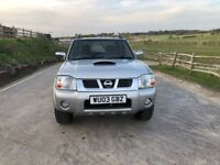 Nissan navara diesel 4WD pickup truck for sale,low mileage,full service history,MOT,drives perfect.