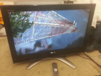 """for sale toshiba 32"""" hd widescvreen tv with freeview and remote £35"""
