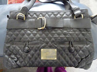 THOMAS BURBERRY AUTHENTIC. BLACK LEATHER VINTAGE BAG IN FANTASTIC CONDITION