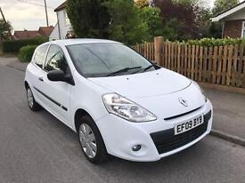 2009(09 Renault Clio 1.2 Extreme - 2 owners- Full Service History - Long MOT