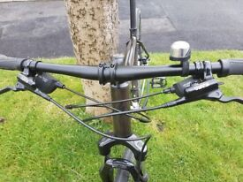 1 Year old Specialized Crosstrail Hybrid Bike. Hardly used les still on tyres. A1 Condition