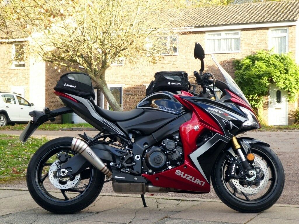 suzuki gsx s1000f tour edition only 8 miles like new condition gsxs 1000 f gsxs1000 gsx. Black Bedroom Furniture Sets. Home Design Ideas