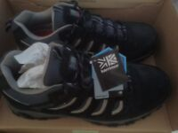 Men's BNIB Karimor Walking Walking Boots Size 11