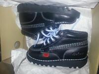 kids blue kickers shoes size 10-11