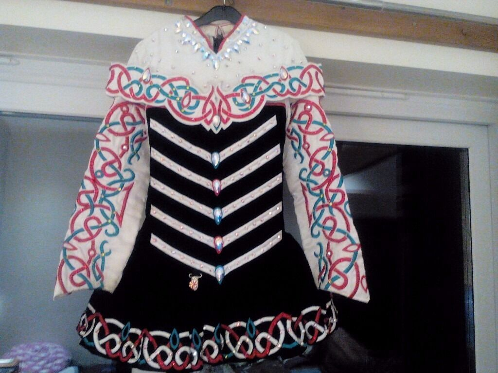 Irish dancing dress Gavin Doherty 12-14 year old