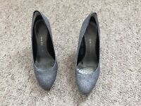 Silver glitter party shoes - size 6