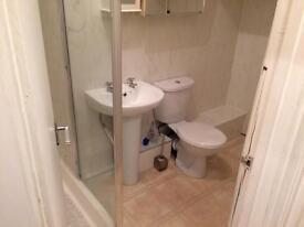 1 BEDROOM FLAT TO LET (TOWN CENTRE)