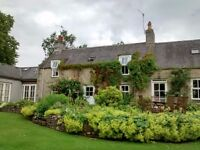 DOUBLE ROOM IN LARGE COUNTRY HOUSE