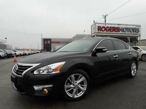2013 Nissan Altima SL - NAVI - LEATHER - SUNROOF