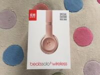 BEATS SOLO 3 Wireless Special edition Rose Gold Headphones Brand New
